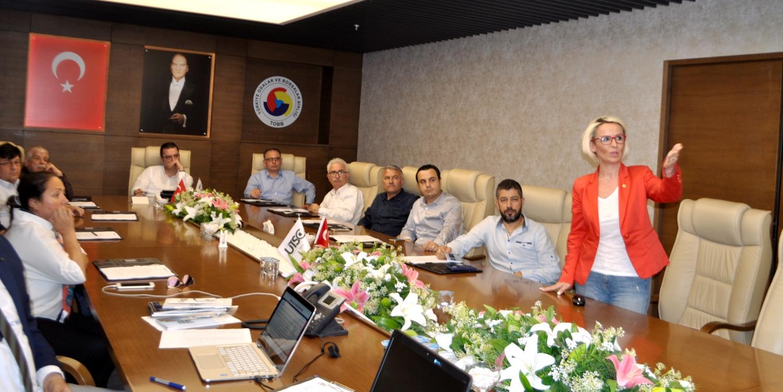 UŞAK HALISI COĞRAFİ İŞARETİ DEĞERLENDİRME TOPLANTISI UTSO'DA YAPILDI